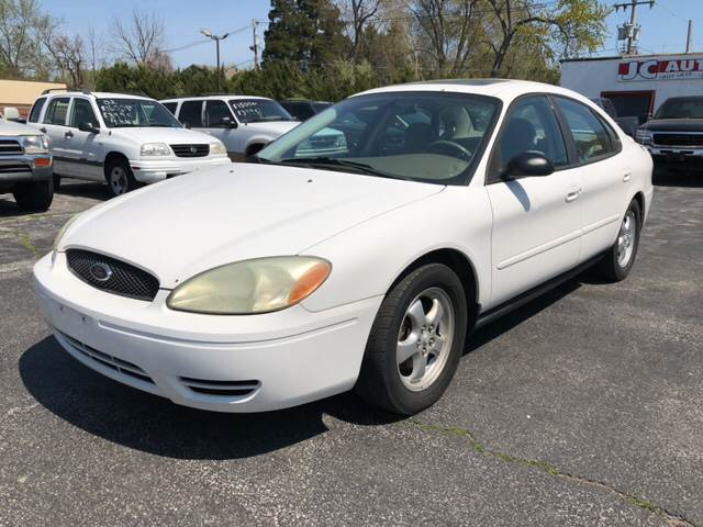 2004 ford taurus ses in belleville il jc auto sales. Black Bedroom Furniture Sets. Home Design Ideas