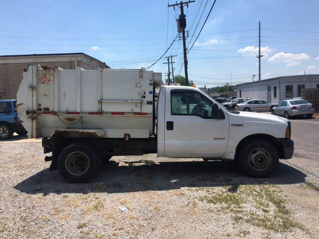 2007 Ford F-350 Super Duty 4x2 XL Regular Cab DRW Chassis - Belleville IL