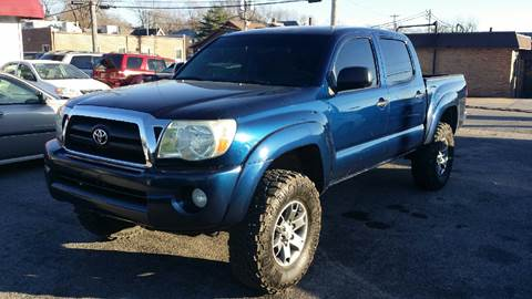 2005 Toyota Tacoma for sale in Belleville, IL
