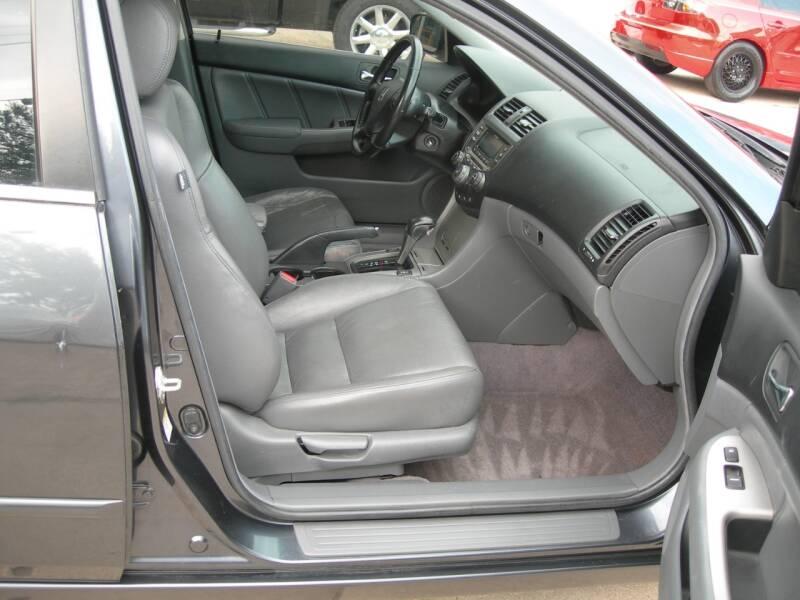2006 Honda Accord EX 4dr Sedan 5A w/Leather - Colorado Springs CO
