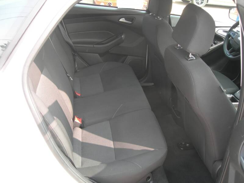 2015 Ford Focus SE 4dr Hatchback - Colorado Springs CO