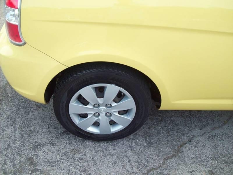 2010 Hyundai Accent Blue 2dr Hatchback 5M - Knoxville TN