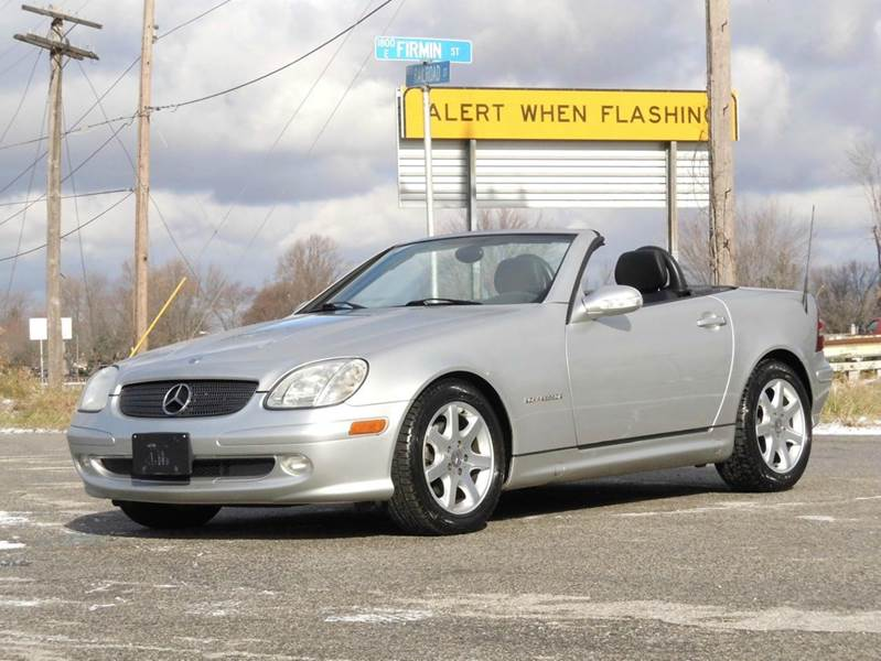 2002 Mercedes-Benz SLK for sale at Tonys Pre Owned Auto Sales in Kokomo IN