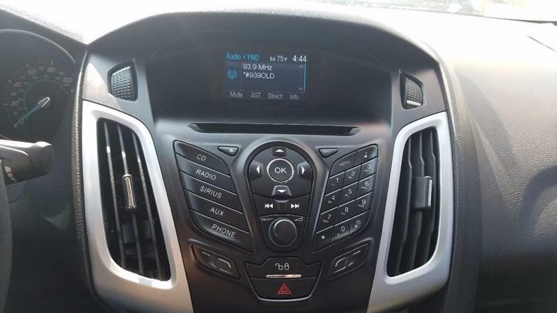 2012 Ford Focus SE 4dr Sedan - Indianapolis IN