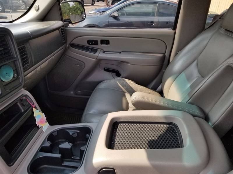 2005 Chevrolet Suburban 1500 LT 4WD 4dr SUV - Indianapolis IN