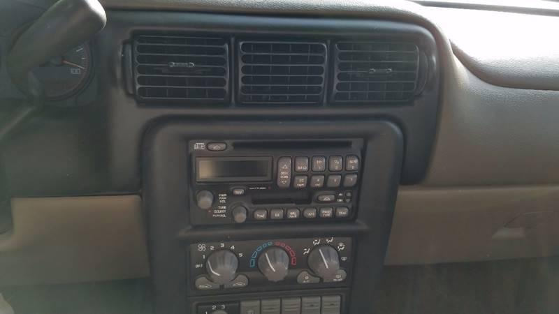 2003 Pontiac Montana MontanaVision 4dr Extended Mini-Van - Indianapolis IN