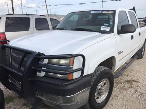 2004 Chevrolet Silverado 2500HD for sale at BULLSEYE MOTORS INC in New Braunfels TX