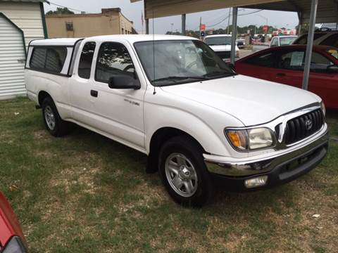 2003 Toyota Tacoma for sale at Townsend Auto Mart in Millington TN