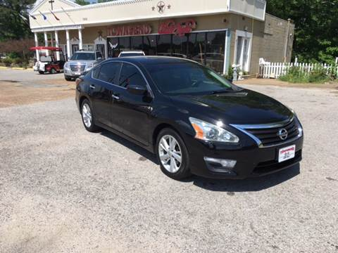 2013 Nissan Altima for sale at Townsend Auto Mart in Millington TN