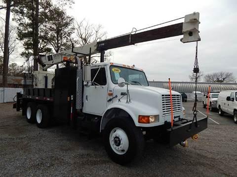2000 International 4900 for sale in Norfolk, VA