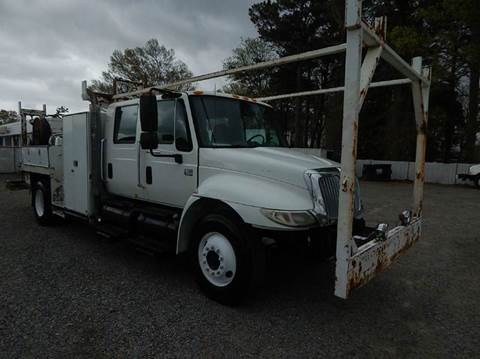 2003 International 4300 for sale in Norfolk, VA