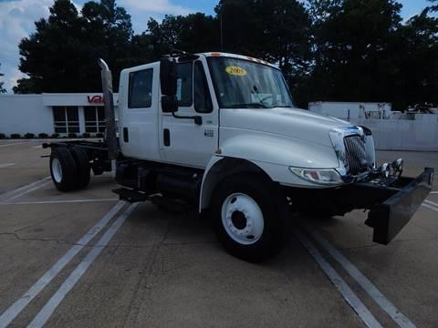 2005 International 4300 for sale in Norfolk, VA