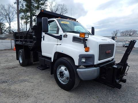 2005 GMC C7500 for sale in Norfolk, VA
