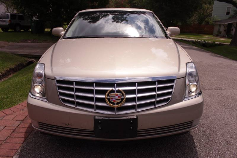 2008 Cadillac DTS 4dr Sedan - Houston TX