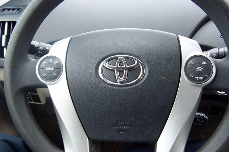 2011 Toyota Prius IV 4dr Hatchback - Glen Burnie MD