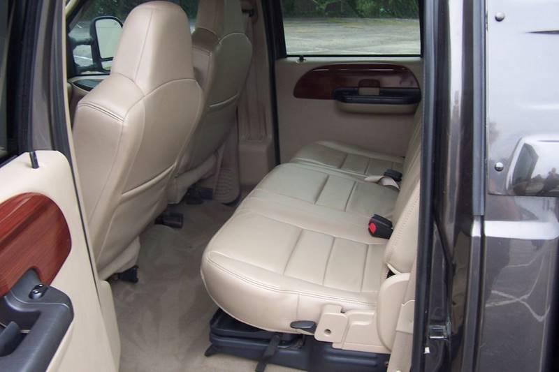2005 Ford F-350 Super Duty 4dr Crew Cab Lariat 4WD LB DRW - Glen Burnie MD