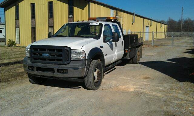 2006 Ford F-550 for sale at Larry Harper Auto Sales in Bowling Green KY