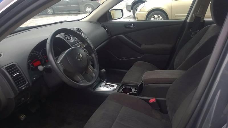 2011 Nissan Altima 2.5 4dr Sedan - Clinton NY