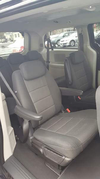 2009 Dodge Grand Caravan SXT Mini-Van 4dr - Clinton NY