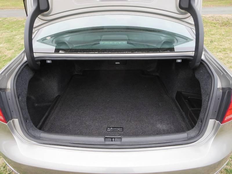 2014 Volkswagen Passat 2.0L TDI SEL Premium 4dr Sedan 6A - Odessa DE