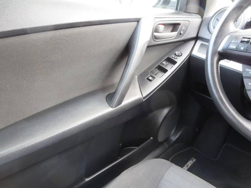 2013 Mazda MAZDA3 i Sport 4dr Sedan 6A - Odessa DE