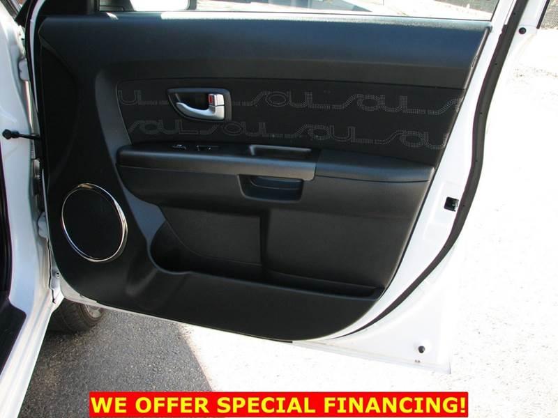 2010 Kia Soul + 4dr Wagon 4A - Fairfax VA