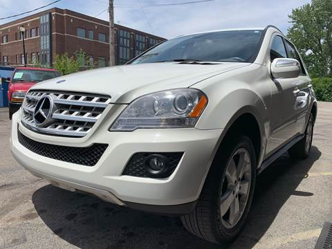 2009 Mercedes-Benz M-Class for sale at Samuel's Auto Sales in Indianapolis IN