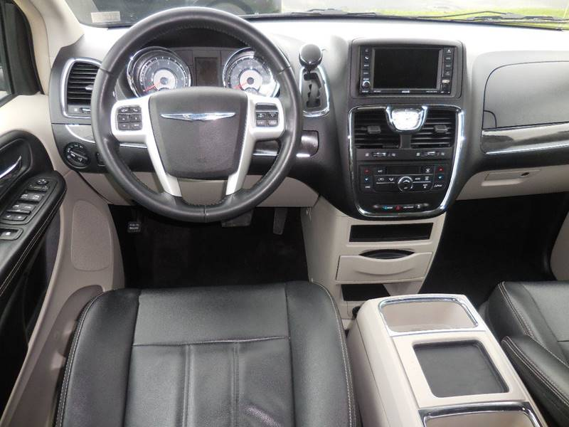 2014 Chrysler Town and Country Touring 4dr Mini-Van - Hanover PA