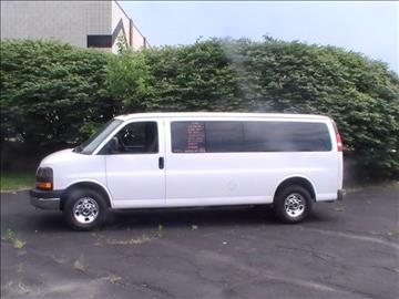 2015 GMC Savana Passenger for sale in Mount Clemens, MI