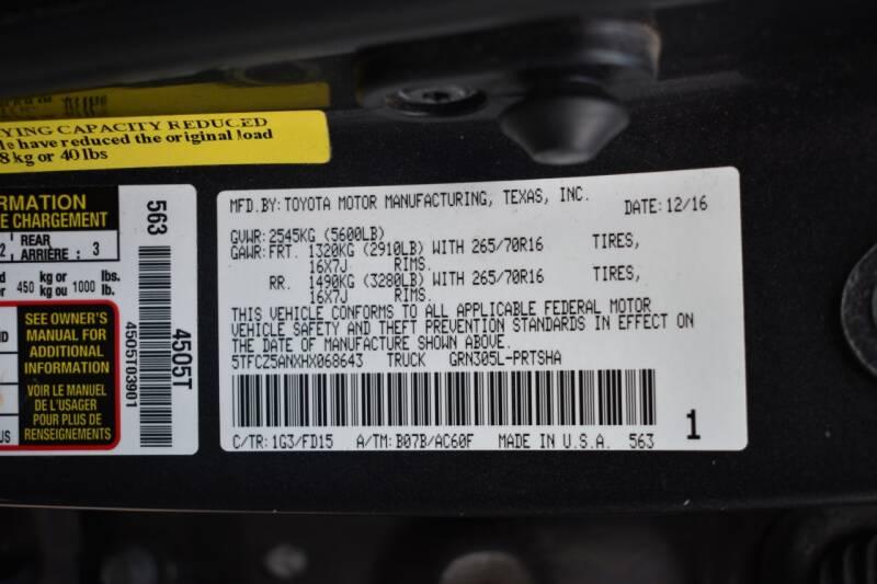 2017 Toyota Tacoma 4x4 TRD Off-Road 4dr Double Cab 5.0 ft SB 6A - Miami FL