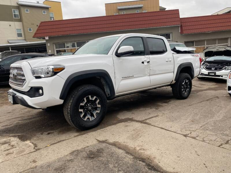 2016 Toyota Tacoma 4x4 TRD Off-Road 4dr Double Cab 5.0 ft SB 6A - Denver CO