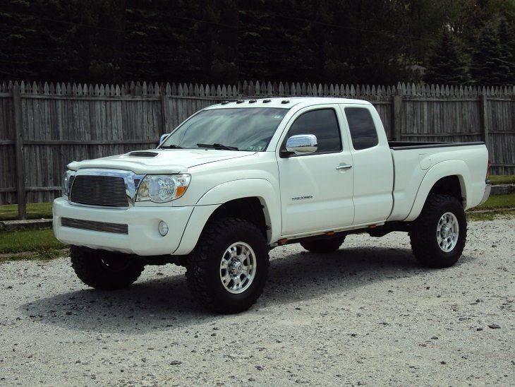 2005 Toyota Tacoma 4dr Access Cab 4WD SB - Canton OH