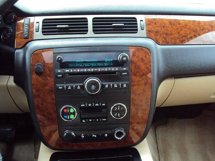2008 Chevrolet Tahoe 4x4 LTZ 4dr SUV - Canton OH