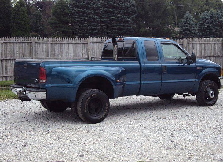 2001 Ford F-350 Super Duty 4dr SuperCab Lariat 4WD LB DRW - Canton OH