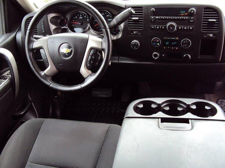 2011 Chevrolet Silverado 1500 4x4 LT 4dr Extended Cab 6.5 ft. SB - Canton OH