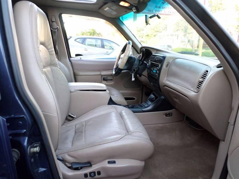 1997 Ford Explorer 4dr Eddie Bauer 4WD SUV - Roselle NJ