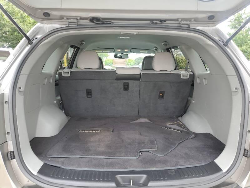 2011 Kia Sorento LX 4dr SUV - Roselle NJ