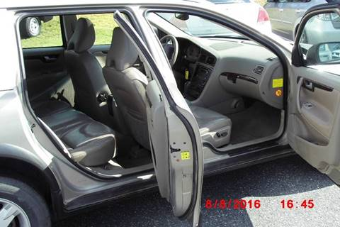 2005 Volvo XC70 for sale at Mascoma Auto INC in Canaan NH
