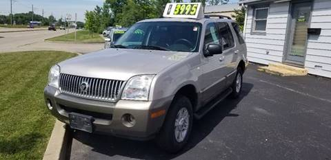 2004 Mercury Mountaineer for sale at GLOBAL AUTOMOTIVE in Gages Lake IL