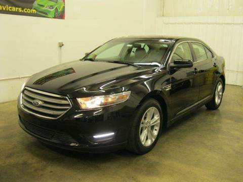 2013 Ford Taurus for sale at GLOBAL AUTOMOTIVE in Gages Lake IL