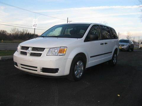 2008 Dodge Grand Caravan for sale at GLOBAL AUTOMOTIVE in Gages Lake IL
