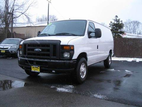 2010 Ford E-Series Cargo for sale at GLOBAL AUTOMOTIVE in Gages Lake IL