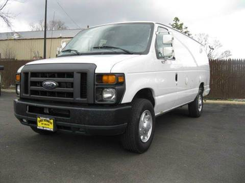 2011 Ford E-Series Cargo E-350 SD for sale at GLOBAL AUTOMOTIVE in Gages Lake IL