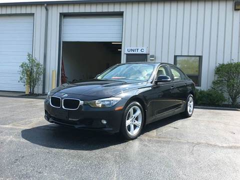2013 BMW 3 Series for sale at GLOBAL AUTOMOTIVE in Gages Lake IL