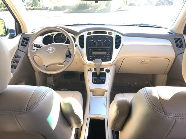 2005 Toyota Highlander AWD Limited 4dr SUV w/3rd Row - Seattle WA