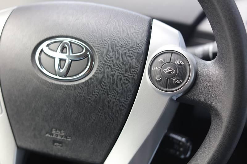 2013 Toyota Prius Five 4dr Hatchback - Seattle WA