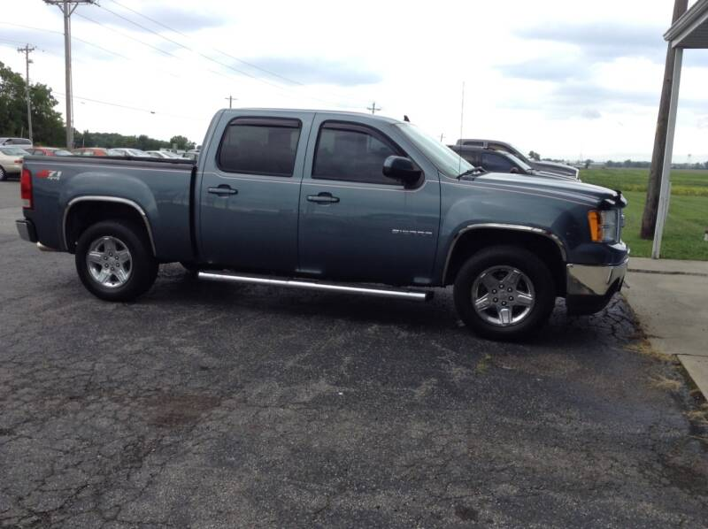 2011 GMC Sierra 1500 for sale at Kevin's Motor Sales in Montpelier OH