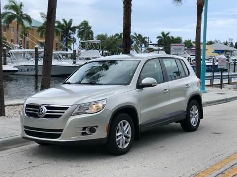 2011 Volkswagen Tiguan for sale at L G AUTO SALES in Boynton Beach FL