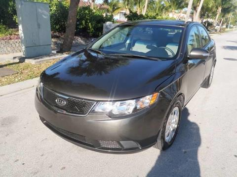 2010 Kia Forte for sale at L G AUTO SALES in Boynton Beach FL