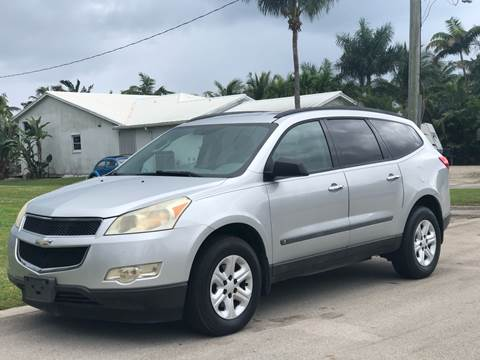 2010 Chevrolet Traverse for sale at L G AUTO SALES in Boynton Beach FL